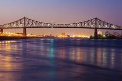 桥梁cartier jacques ・蒙特利尔 库存图片