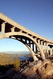 桥梁donner山顶 库存图片