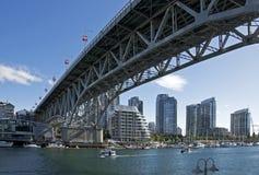 桥梁granville街道温哥华 免版税库存图片
