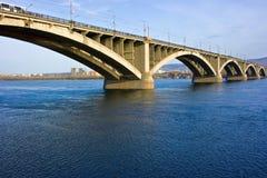 桥梁krasnoyarsk 库存照片