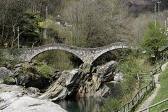 桥梁lavertezzo 库存照片
