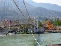 桥梁Laxman Jhula 免版税库存图片