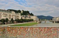 桥梁Makartsteg在萨尔茨堡 免版税库存图片