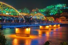 桥梁nightscape 免版税图库摄影