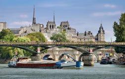 桥梁Pont des艺术。 图库摄影