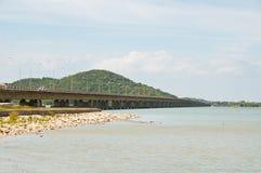 桥梁tinsulanonda 库存照片