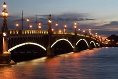 桥梁troitskij 库存图片