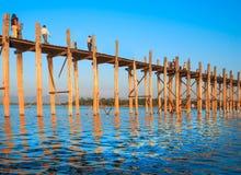 桥梁U-Bein 免版税库存图片