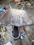 桶建筑轮子 免版税图库摄影