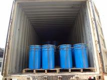 桶被堆积的里面卡车 库存照片
