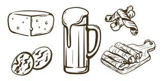 桶装啤酒和快餐 库存图片