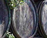 桶酒木头 免版税库存图片