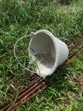 桶水泥 免版税库存照片