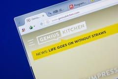 梁赞,俄罗斯- 2018年5月13日:个人计算机, URL - GeniusKitchen显示的GeniusKitchen网站  com 库存照片