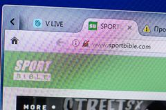 梁赞,俄罗斯- 2018年5月13日:个人计算机, URL - SportBible显示的SportBible网站  com 免版税库存照片
