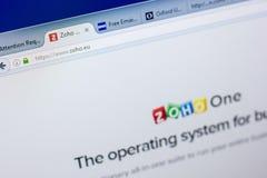 梁赞,俄罗斯- 2018年5月08日:个人计算机, URL - Zoho显示的Zoho网站  欧盟 库存图片