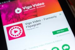 梁赞,俄罗斯- 2018年5月03日:在片剂个人计算机显示的比戈录影机动性app  库存图片