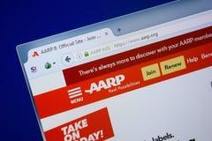 梁赞,俄罗斯- 2018年9月09日:Aarp网站主页个人计算机, URL - Aarp显示的  org 免版税库存图片