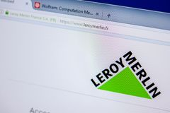 梁赞,俄罗斯- 2018年6月05日:LeroyMerlin网站主页个人计算机, URL - LeroyMerlin显示的  Fr 库存照片