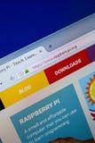 梁赞,俄罗斯- 2018年6月26日:RaspberryPI网站主页个人计算机显示的  URL - RaspberryPI org 免版税库存图片
