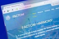 梁赞,俄罗斯- 2018年3月29日- Factom隐藏货币,网地址- factom主页在个人计算机显示的 com 库存照片