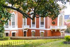梅肯,乔治亚- 2013年10月29日:约翰斯顿费尔顿干草议院 库存图片