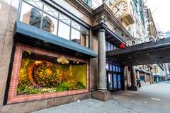 梅西百货公司商店窗口 免版税图库摄影