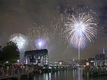 梅西百货公司烟花庆祝在纽约 免版税库存图片