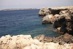 梅诺卡岛海岸线  库存图片