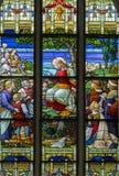 梅赫伦-场面的山上布道从窗玻璃在圣Rumbold的大教堂里 库存图片