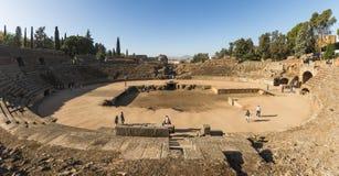 梅里达罗马Amphiteater历史的废墟的看法  库存图片