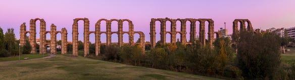 梅里达,西班牙罗马渡槽  免版税库存照片
