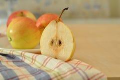 梨和苹果 图库摄影