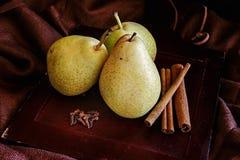 梨和香料 库存照片