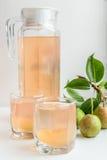 梨汁和有些梨 吃健康 库存图片