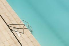 梯子池游泳 免版税库存照片