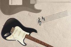 梯级和固体吉他身体经典电吉他和后面在轻的皮肤背景底部的  免版税库存照片
