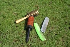 梳子和刷子 免版税库存图片