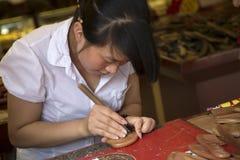 梳子雕刻 免版税库存图片