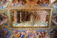 梵蒂冈博物馆的画廊内部梵蒂冈的, R 免版税图库摄影