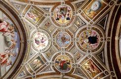梵蒂冈博物馆美好的内部  免版税库存图片
