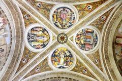 梵蒂冈博物馆美好的内部  免版税库存照片
