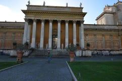 梵蒂冈博物馆,意大利,地标,专栏,古迹,古典建筑 免版税库存图片