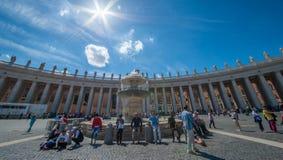 梵蒂冈圣皮特圣徒・彼得` s正方形 库存照片