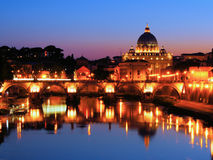 梵蒂冈夜视图 库存照片