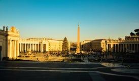 梵蒂冈大教堂华美的日落  免版税库存照片