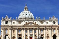 梵蒂冈的圣伯多禄的广场 图库摄影