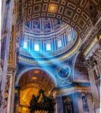梵蒂冈,圣伯多禄的大教堂圆顶 免版税库存照片
