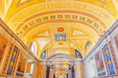 梵蒂冈,梵蒂冈09日2017年:在梵蒂冈博物馆里面, 免版税图库摄影