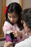 检查放弃护士的子项 免版税库存图片